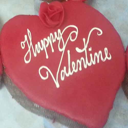 Heart winning Valentine's day cake 11 - SKUCAK079 - Flowers, Cakes and Gifts delivery in Dubai UAE