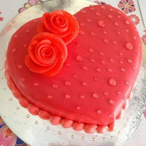 Heart winning Valentine's day cake 2 - SKUCAK070 - Flowers, Cakes and Gifts delivery in Dubai UAE