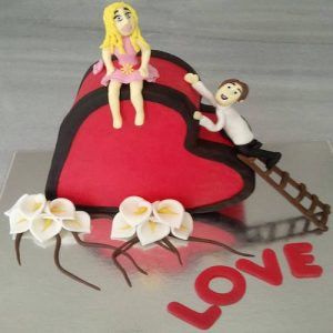 Heart winning Valentine's day cake 5 - SKUCAK073 - Flowers, Cakes and Gifts delivery in Dubai UAE