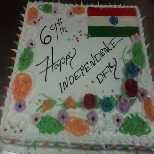 Independence day cake 1 - SKUCAK052 - Flowers, Cakes and Gifts delivery in Dubai UAE