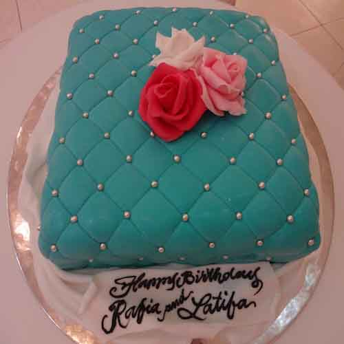 Turquoise Blue Vanilla Cake - Flowers, Cakes and Gifts delivery in Dubai UAE