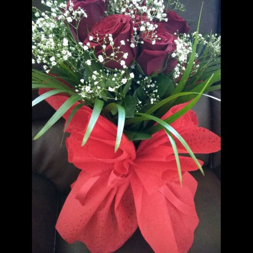 Red Roses Flower Bouquet Gifts - SKUFLR05 - Flowers, Cakes and Gifts delivery in Dubai UAE