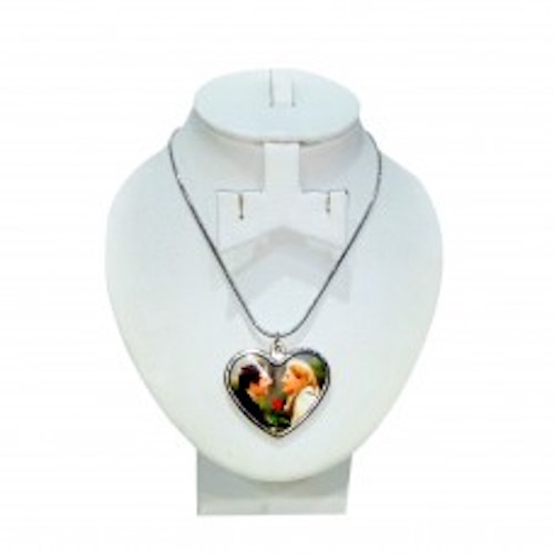 Heart pendant - Online Gifts Delivery UAE
