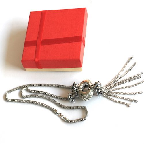 Silver color long necklace 1 - Online Gifts Delivery in Dubai UAE