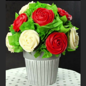 Edible Mohbat Cupcakes - Valentine's Day Special - SKUCAK162 - Online Gifts Delivery in Dubai UAE